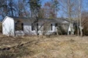 Absolute Online Auction - 1.7 Acres, Homes, Garage Bldg.