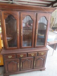 Furniture, Antiques & Personal Property at Absolute Online Auction