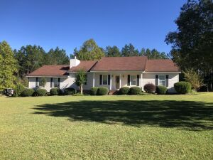 Beautiful Country Home | 3 Bed, 2.5 Bath With Bonus Room