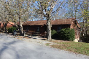 10 Cabins, Building Lots & Land in Tracts at Online Auction