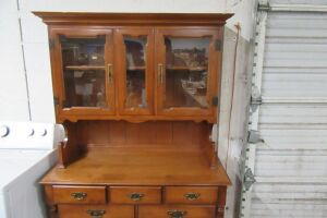 Furniture, Toys, Appliances, Home Furnishings & Glassware at Absolute Online Auction