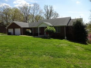 4 BEDROOM HOME - BASEMENT - GARAGE - Online Bidding Only - Ends TUE, MAY 18 @ 4:00 PM EDT