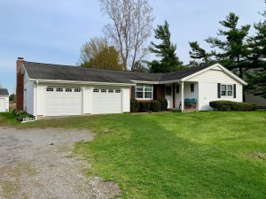 6665 Salt Rd., Clarence NY ~ 3Bedroom Ranch on 20Acres
