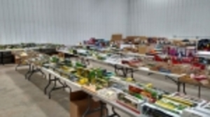 Eisma - Pewter Tractors, Airplanes, Coin Banks, Trucks & Texaco Items - Starts Ending at 8:30PM