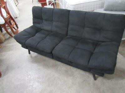 FUTON WITH CUSHION