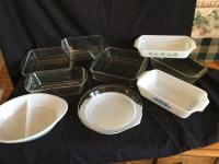 Variety of pieces of Ovenware: variety of companies