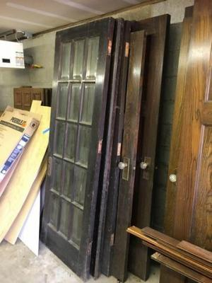 Lot of 7 miscellaneous doors