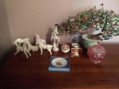 Figurines, Nick Nacks & Miscellaneous