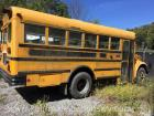 1999 international 3800 school bus -vin #1hvbbabl6xh214173 have title