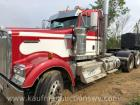 2015 Kenworth Day cab semi, Cummins diesel, shows 158,932 miles, VIN:1XKWD40X2FJ423799 have title