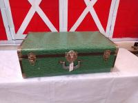 VINTAGE STORAGE OR SHIPPING TRUNK