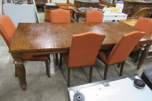 DINING TABLE - WITH 6 PADDED CHAIRS - FOLD IN LEAF