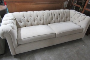POTTERY BARN - SOFA - COUCH - CLOTH GOOD CONDITION