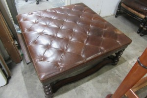 BERNHARDT - LEATHER TOP - COCKTAIL BENCH TABLE -