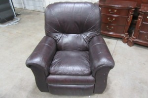 LAZ-BOY - ROCKING RECLINER - DOES HAVE SOME DAMAGE