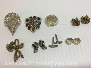 4 brooch and earring sets, two are Weiss