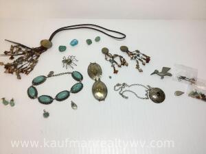 Lot of native American jewelry