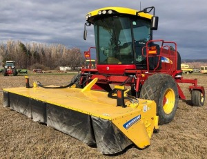 2014 New Holland H8080 Swather