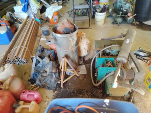 SCRAP METAL LOT: SMALL BARREL, GENERATOR & MORE