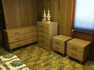 Four pieces of blonde bedroom furniture ... 2 sets of drawers, 2 bedside tables/drawers. 2 lamps.
