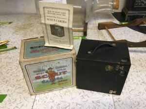 Seneca Camera Mfg. Vintage No. 3 Scout Camera. Even the box is neat!