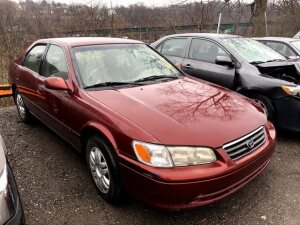 RED 2000 TOYOTA CAMRY