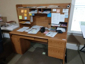 COMPUTER DESK WITH HUTCH,HAS 2 DRAWERS AND CABINET FOR YOUR CPU AND KEY BOARD SLIDE OUT SHELF
