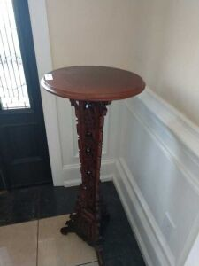 VERY NICE ORNATE PLANT STAND, PERFECT FOR FOYER OR LIVING ROOM, APPROX 36 INCH TALL