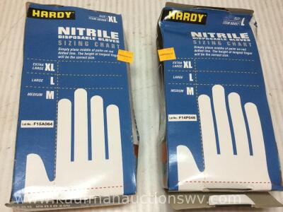 XL and large disposable gloves