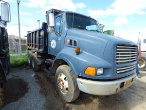 1997 Ford Dump Truck with bed - Unit 56
