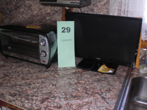 COLBY FLAT SCREEN TV, HAIER OVEN