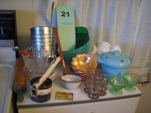 CONTENTS OF CABINET, ENAMELWARE, ROLLING PIN, DEPRESSION MILK GLASS, KITCHEN COLLECTIBLES