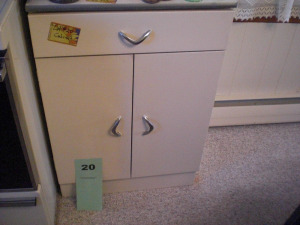 METAL COUNTER TOP UTILITY CABINET