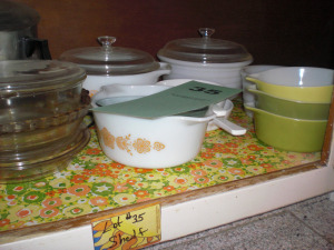 3 SHELVES: FOREMAN GRILL, PYREX, BAKEWARE, MIXING BOWLS, ETC.