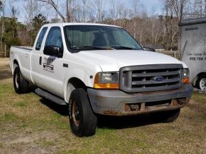 1999 FORD F-250 Super Duty 4WD Extended Cab Pick-Up Truck, with rear seat, TRITON V10 engine, 8 ft. bed, Runs Good, Mileage showing 249,198