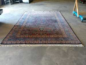 FEATURE LOT, 8 X 12 HIGH END ROOM RUG