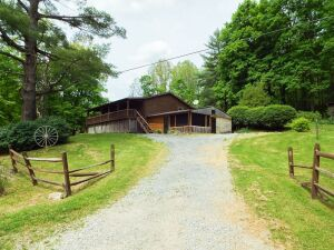 3 Bedroom Log Home & 17.1 Acres