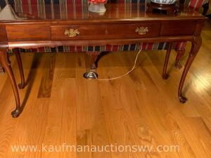 Queen Anne legged one drawer sofa table
