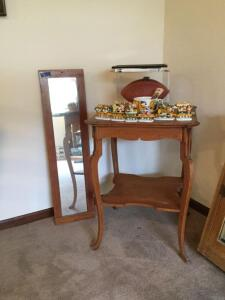 23 x 23 x 30 tall oak parlor table and a 11 x 40 oak framed mirror **No other items pictured included**