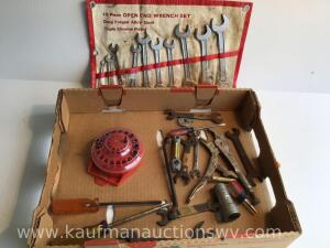 10 piece open end wrench set, vice grip, screwdrivers and more