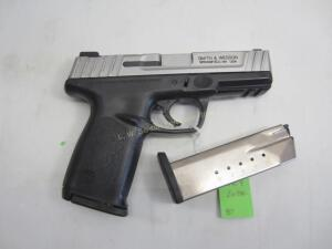 SMITH & WESSON SD40VE PISTOL 40 HEC2993