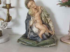 Mother & Child figurine