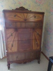 3 Pc. Art Deco Bedroom Suite (Full bed, dresser & vanity)
