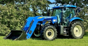2009 New Holland T6030 4x4 Tractor with New Holland 840TL Loader