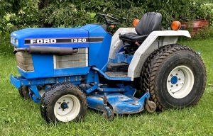 Ford 1320 Tractor with Ford 914 Belly Mower