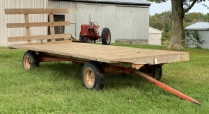 Kory 8-Ton Running Gear with Flatbed