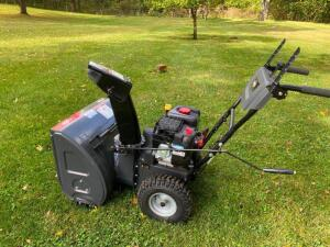 "Briggs and Stratton 24"" Snowblower"