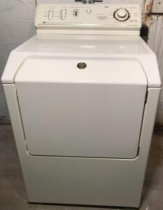 Maytag Oversize Capacity Plus Electric Dryer