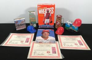 Johnny Bench, Cincinnati Reds and Dragons Memorabilia