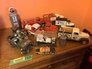 Die cast cars and other items